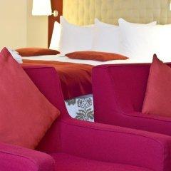 Отель Radisson RED Brussels 4* Улучшенный номер с различными типами кроватей фото 3