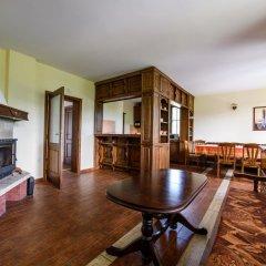 Отель Sinabovite Houses Болгария, Боженци - отзывы, цены и фото номеров - забронировать отель Sinabovite Houses онлайн комната для гостей фото 4