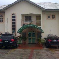 Отель AB Armany Hotels Нигерия, Калабар - отзывы, цены и фото номеров - забронировать отель AB Armany Hotels онлайн парковка