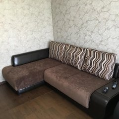 Апартаменты Манс-Недвижимость комната для гостей фото 5