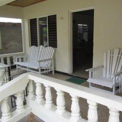 Porty Hostel балкон