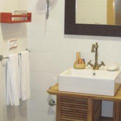Отель Hostal Gartxenia ванная