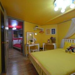 Отель Han River Guesthouse 2* Семейная студия с двуспальной кроватью фото 31