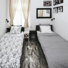 Отель 5 Vintage Guest House 3* Стандартный номер с 2 отдельными кроватями (общая ванная комната) фото 2