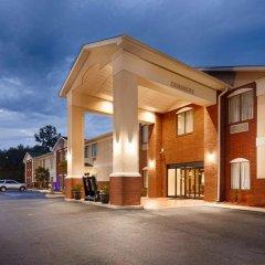 Отель Country Inn & Suites by Radisson, Midway, FL парковка