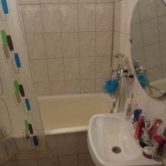 Хостел Омск Стандартный семейный номер с двуспальной кроватью фото 2
