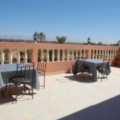 Отель Maison d'Hôtes Ghalil Марокко, Уарзазат - отзывы, цены и фото номеров - забронировать отель Maison d'Hôtes Ghalil онлайн бассейн