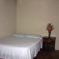 Hotel & Hostal Yaxkin Copan комната для гостей