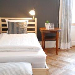 Отель The Bed and Breakfast 3* Стандартный номер с различными типами кроватей (общая ванная комната)