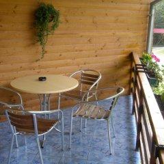 Гостиница Вилла Три Брата Украина, Розгирче - отзывы, цены и фото номеров - забронировать гостиницу Вилла Три Брата онлайн балкон