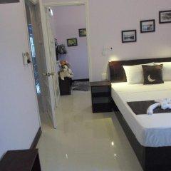 Отель The Moon Villa Hoi An 2* Стандартный семейный номер с различными типами кроватей фото 6