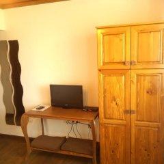 Отель Guest House Black Lom удобства в номере