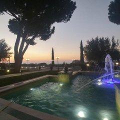 Отель Domus Caesari бассейн
