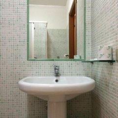 Hotel Adelchi Стандартный номер с различными типами кроватей фото 7