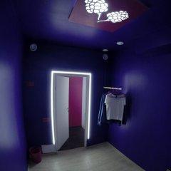 Гостиница HQ Hostelberry Номер с различными типами кроватей (общая ванная комната) фото 10