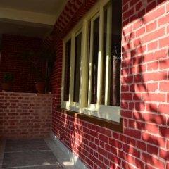 Отель 327 Thamel Hotel Непал, Катманду - отзывы, цены и фото номеров - забронировать отель 327 Thamel Hotel онлайн балкон