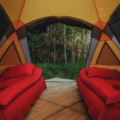 Гостиница Farm Camping Nikola Lenivets в Калуге отзывы, цены и фото номеров - забронировать гостиницу Farm Camping Nikola Lenivets онлайн Калуга балкон