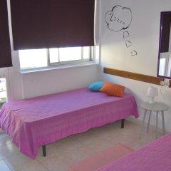 Alameda Hostel Стандартный номер с 2 отдельными кроватями (общая ванная комната) фото 2