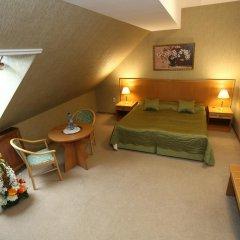 Гостиница Кремлевский 4* Улучшенный номер с различными типами кроватей