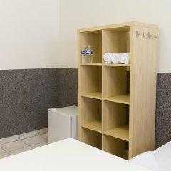 Хостел Seven Prague Номер с общей ванной комнатой с различными типами кроватей (общая ванная комната) фото 28