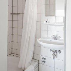Отель Lorenz Hotel Zentral Германия, Нюрнберг - отзывы, цены и фото номеров - забронировать отель Lorenz Hotel Zentral онлайн ванная фото 2