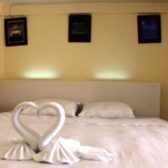 Отель Baan Kaew Ruen Kwan 2* Стандартный номер с двуспальной кроватью фото 4