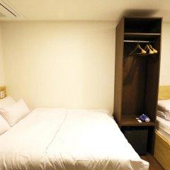 Отель STEP INN Myeongdong 1 3* Стандартный номер с различными типами кроватей фото 6
