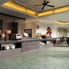 Отель White Rose Kuta Resort, Villas & Spa интерьер отеля