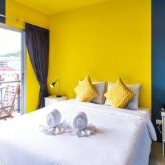 Отель Two Color Patong Номер Делюкс с двуспальной кроватью фото 12
