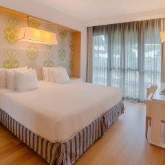 Отель NH Collection Roma Vittorio Veneto 4* Улучшенный номер с двуспальной кроватью