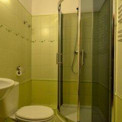 Отель Hostel Silesius Польша, Вроцлав - отзывы, цены и фото номеров - забронировать отель Hostel Silesius онлайн ванная фото 2