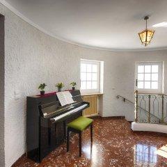 Отель L'Encantarella Испания, Курорт Росес - отзывы, цены и фото номеров - забронировать отель L'Encantarella онлайн интерьер отеля