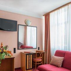 Отель Gartenhotel Gabriel City 3* Улучшенный номер с различными типами кроватей