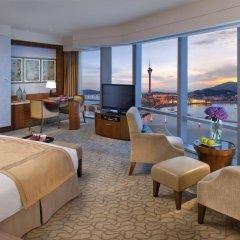Отель Mandarin Oriental, Macau 5* Номер Премьер с разными типами кроватей фото 4
