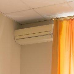 Аскет Отель на Комсомольской 3* Бюджетный двухместный номер с двуспальной кроватью и общей ванной с двуспальной кроватью фото 13