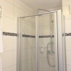 Отель Bismarck Германия, Дюссельдорф - отзывы, цены и фото номеров - забронировать отель Bismarck онлайн ванная фото 2