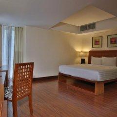 Crown Regency Hotel and Towers Cebu 4* Улучшенный номер с различными типами кроватей фото 4