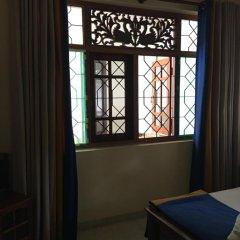 Mahakumara White House Hotel 3* Стандартный номер с двуспальной кроватью (общая ванная комната) фото 5