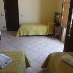 Hotel Columbia 2* Стандартный номер с различными типами кроватей