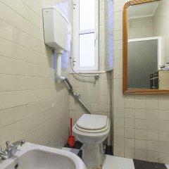 Отель Lisbon Economy Guest Houses Old Town II ванная