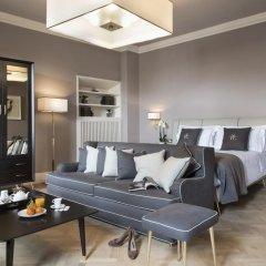 Отель Tornabuoni Suites Collection 3* Люкс с различными типами кроватей фото 4