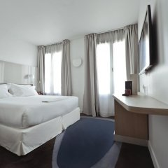 Отель Hôtel Le Marcel - Paris Gare de l'Est 4* Стандартный номер с различными типами кроватей