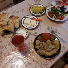 Отель Green Dilijan B&B Армения, Дилижан - отзывы, цены и фото номеров - забронировать отель Green Dilijan B&B онлайн питание фото 2