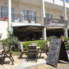 Отель Lotus Hotel Болгария, Солнечный берег - отзывы, цены и фото номеров - забронировать отель Lotus Hotel онлайн бассейн фото 2