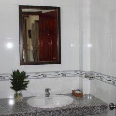Отель Hoa Nhat Lan Bungalow 2* Стандартный номер с двуспальной кроватью фото 8