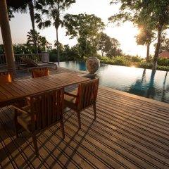 Отель Trisara Villas & Residences Phuket 5* Вилла с различными типами кроватей фото 12