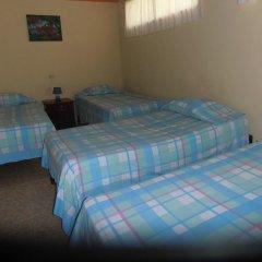 Hotel & Hostal Yaxkin Copan 2* Стандартный семейный номер с двуспальной кроватью