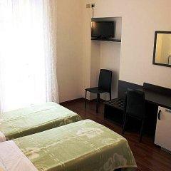 Lux Hotel Durante 2* Стандартный номер с 2 отдельными кроватями фото 16