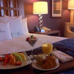 Отель DoubleTree by Hilton Carson 3* Стандартный номер с различными типами кроватей фото 6