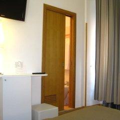 Отель Magnifico Rome 3* Стандартный номер с двуспальной кроватью фото 10
